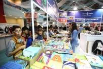 ZİYARETÇİLER - Kitap Fuarı'na 4 Günde 220 Bin Ziyaretçi