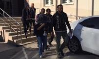 BURSA EMNIYET MÜDÜRLÜĞÜ - Kucağında Bebeğiyle Adliyeye Sevk Edilen Kadın Tutuklandı