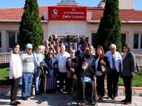 HUZUR EVI - Kursiyerler Huzurevi Sakinleriyle Bir Araya Geldi