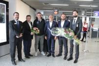 TÜRK HAVA YOLLARı - Medipol Başakşehir Almanya'da Çiçeklerle Karşılandı