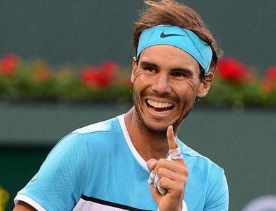 Nadal sakatlandı