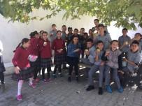 BESLENME DOSTU - Kırkağaç'ta Öğrenciler Sağlıklı Besleniyor