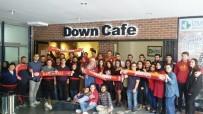 Ultraslan Down Kafe'de