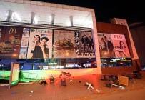 POLİS - 3 Kafadarın İntihar Şovu Alış Veriş Merkezini Savaş Alanına Çevirdi
