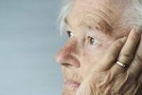 ALZHEİMER HASTASI - Alzheimer Hastalarına 'Akupunktur'
