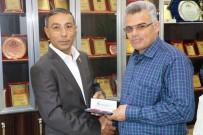 AHMET ARSLAN - Başkan Özyavuz Muhtarları Unutmadı