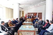 MUSTAFA EREN - Belediye Başkanı Ahmet Çakır Muhtarlarla Buluştu