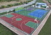 GENÇ NÜFUS - Beyşehir'in 27 Mahallesine Çok Amaçlı Spor Sahası