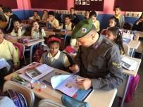 KıZıLPıNAR - Çerkezköy'de Jandarma Çocuk Dergisi Dağıtıldı