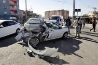 Derik'te Trafik Kazası Açıklaması 4 Yaralı