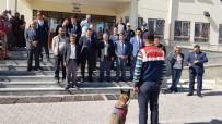 SINDELHÖYÜK - Develi'de Arama Kurtarma Köpeklerinin Gösterisi Öğrencileri Hayran Bıraktı