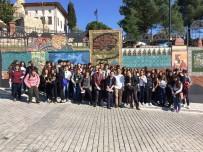 PEMBE KÖŞK - İstanbullu Öğrenciler İzmit'i Görmeye Geldiler