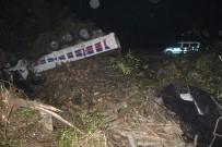 POLİS - Kamyon Şarampole Uçtu Açıklaması 1 Ölü, 1 Yaralı