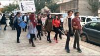 Liselilerden Beyaz Bastona Duyarlılık Yürüyüşü