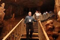 Muhtarlar Ayanalıgöl Mağarasını Gezdi