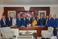 Muhtarlar Başkan Uysal'ı Ziyaret Etti
