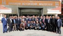DERNEK BAŞKANI - Muhtarlar Dernek Başkanı Korkmaz'dan Başkan Sekmen'e Övgü