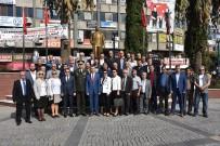 FARKıNDALıK - Muhtarlar Günü Edremit'te Kutlandı