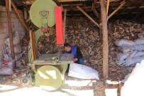 YOĞUN MESAİ - Oduncuların Kış Hazırlığı Devam Ediyor
