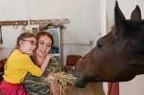 Özel Çocuklar İçin Atlı Terapi