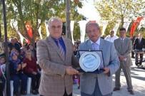 ATATÜRK ANITI - Saray Belediyesine Başarı Ödülü