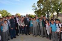 AHMET ÖZDEMIR - Selendi'de Kütüphane Seferberliği