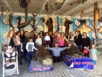 DENİZ CANLILARI - Türkiye Deniz Canlıları Balıkçı Kenan Müzesine, Anneler Ve Çocuklardan Yoğun İlgi