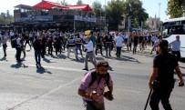 SİVİL POLİS - Adıyaman'da Tütün Eyleminde Gerginlik