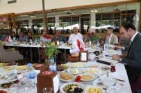 NİHAT ÇİFTÇİ - Çiftçi Siverek'te  Değerlendirme Toplantısı Yaptı