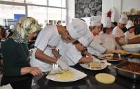 ENGELLİ ÖĞRENCİ - Engelli Öğrenciler Pasta Yapımını Öğrendi