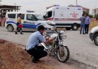 Polisten Kaçan Motosiklet Sürücüsü Kaza Yaptı Açıklaması 2 Yaralı