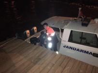 VAN GÖLÜ - Van Gölü'nde Mahsur Kalanları Jandarma Kurtardı