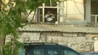 MUSTAFA APAYDIN - 3 Farklı Silahla Ateş Açtı Açıklaması Etkisiz Hale Getirildi