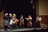 GEÇİM SIKINTISI - Adana Büyükşehir Belediyesi 4. Şehir Tiyatroları Buluşması