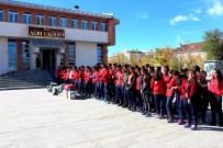 AMATÖR - Ağrı'da Amatör Spor Kulüplerine Malzeme Yardımı