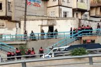 İBNİ SİNA HASTANESİ - Başkent'te Tüfekle Husumetli Olduğu Kişiyi Vuran Şahıs Etkisiz Hale Getirildi