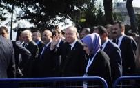 GÜMRÜK VE TİCARET BAKANI - Cumhurbaşkanı Erdoğan, Cuma Namazını Bezm-İ Alem Valide Sultan Camii'nde Kıldı