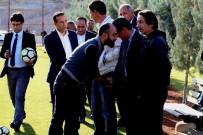 ALI ÖZKAN - Eski Başkan Mumcu Ve Yönetiminden Maç Öncesi Destek Ziyareti