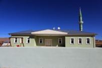 Gürpınar'da Mahalleler Cami Ve Taziye Evlerine Kavuşuyor