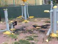 İzmit'te Spor Aletleri Kasıtlı Olarak Yakılıyor