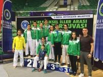 BURSA BÜYÜKŞEHİR BELEDİYESİ - Karatecilerden 8 Madalya