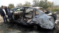 HURDA ARAÇ - Kastamonu'da Hurdaya Çıkan Araç Yandı