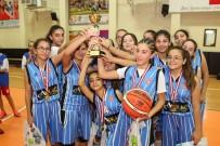 29 EKİM CUMHURİYET BAYRAMI - Şampiyonlar, Kupalarını Aldı