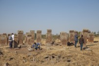 Selçuklu Mezarlığında İlk Kez Görülen Motifler Dikkat Çekti