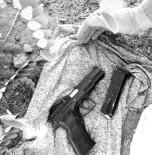 KARAKÖPRÜ - Silah Ve Telefon Çalan İki Hırsız Tutuklandı