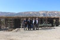 MEHMET CAN - Tut İlçesi Yeşilyurt Köyüne Taziye Evi Yapılıyor