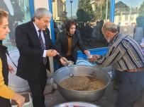 ÇAM SAKıZı - AK Parti Osmaneli İlçe Başkanlığı Aşure Dağıttı