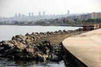 İNSANOĞLU - Atakum Sahilinde Dalgaların Önünü Kesmek İçin Çalışma Başlatıldı