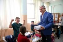 HÜSEYIN MUTLU - Eğitim Setleri Karşıyaka Belediyesi'nden