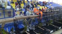 KUPA TÖRENİ - Kanaryalar Edremit'te Yarışıyor